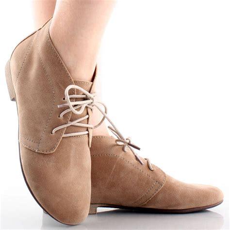 A C C E P T Flatshoes Beige beige suede lace up desert flat pixie oxford ankle