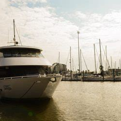 public boat r kemah tx fantasea yacht charters 76 photos 31 reviews boat