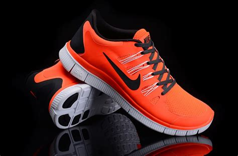 best athletic shoes for knee 2017 top ten running shoes for sore knees caloriebee