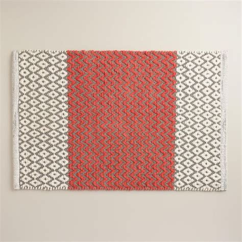 Bright Colors For Coral Bath Rugs Gray Diamond In Coral Bright Bathroom Rugs