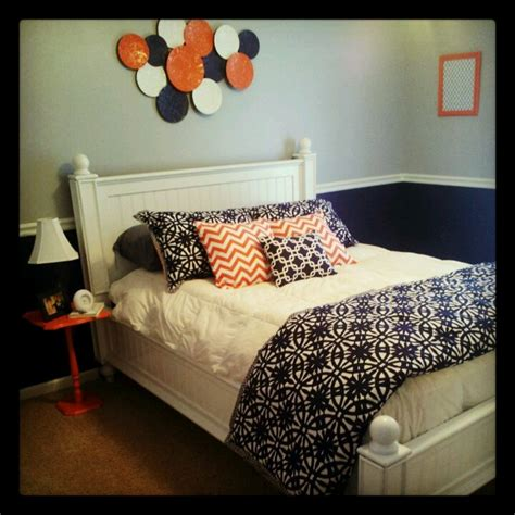 Grey Bedroom With Navy Accents Gray And Navy Decorating Navy Blue Coral And Gray