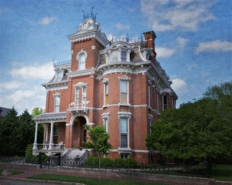 a stroll through time in the downtown preservation district in evansville indiana indiana home