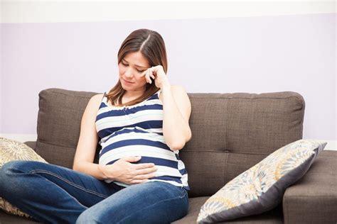Menghindari Stres Pada Ibu Hamil 5 Cara Efektif Hadapi Stres Dan Depresi Saat Hamil Hello