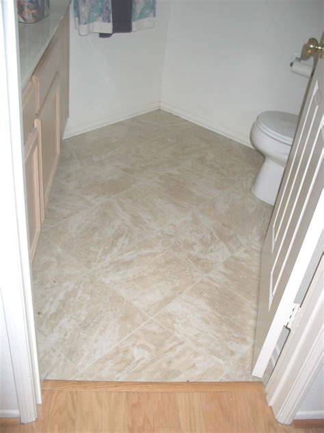 Bathroom Linoleum Ideas by Linoleum Flooring Bathroom Www Pixshark Images