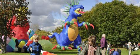 Britzer Garten Drachen by Drachenfest Im Britzer Garten Berlin 09 Oktober 2016 Ytti