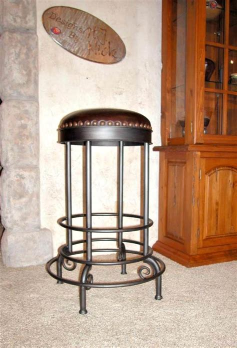 Wrought Iron Bar Table And Stools by Best 25 Wrought Iron Bar Stools Ideas On
