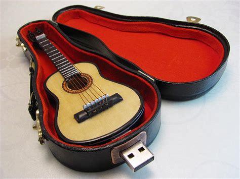 Usb Gitar Guitar Usb Flash Drive With Carrying Gadgetsin