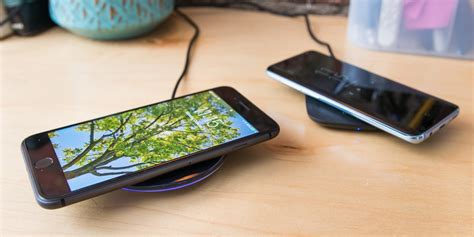 best wireless charger the best qi wireless charger for iphone and android phones