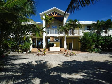 Key Largo Vacation Rental Homes - waterfront luxury home with an incredible vrbo