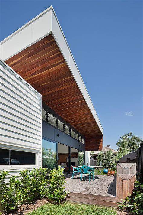 modern rectangular shaped house  bower architecture