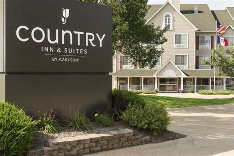country inn suites davenport pet policy