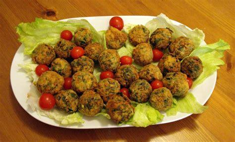 germogli di soia come cucinarli polpettine di soia e spinaci vegan ricette vegane