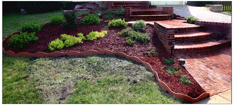 Landscape With Mulch Finishing Touches For Your Garden The Soothing