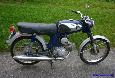 Honda S90z Tahun 1973 honda s90 motor pertama pabrikan sayap mengepak di tanah