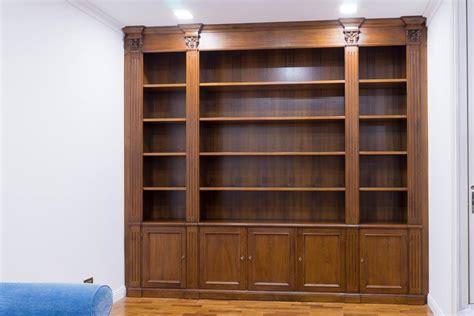 libreria chiusa costruire una libreria in noce libreria in noce nazionale
