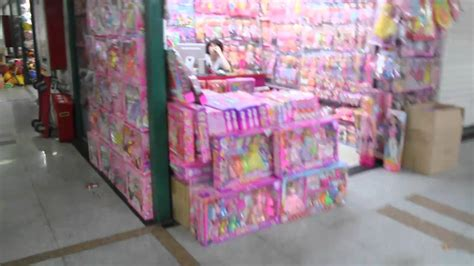 yiwu wholesale markets buying small volumes from china yiwu small products wholesale market youtube