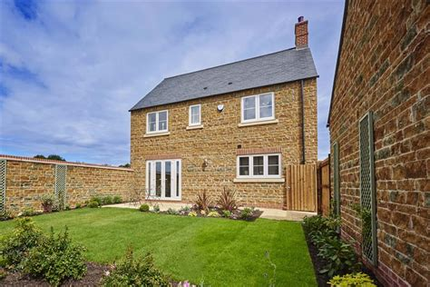Buy House Oxfordshire Bourne View Wimpey