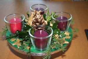 i colori delle quattro candele dell avvento la corona dell avvento origini e caratteristiche mogli