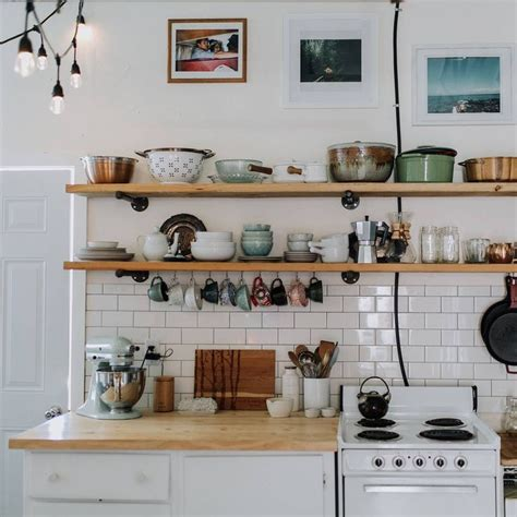 kitchen shelving ideas pinterest 17 best ideas about kitchen shelves on pinterest open