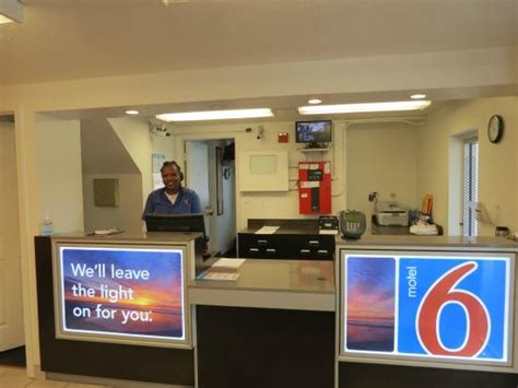 motel 6 front desk uniform housekeeping in action picture of motel 6 tallahassee