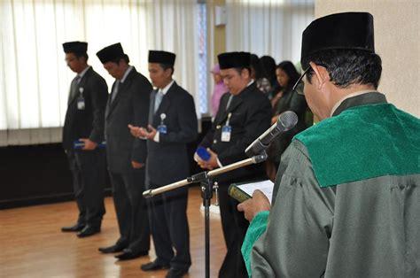Hukum Persaingan Usaha Di Indonesia Kppu komisi pengawas persaingan usaha 187 pelantikan pejabat struktural kppu