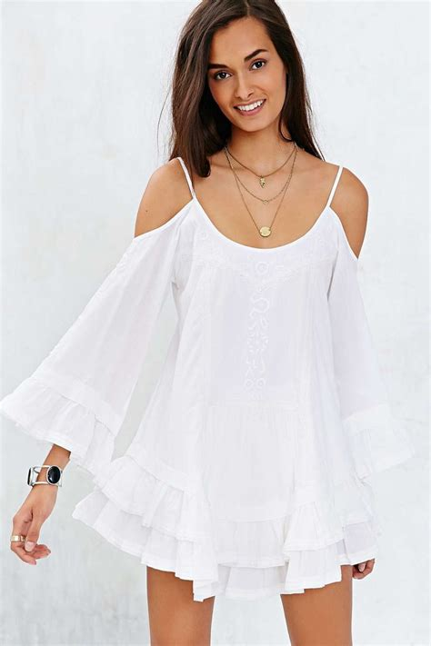 Selvi Top F A 1 band of gypsies bell sleeve embroidered cold shoulder top