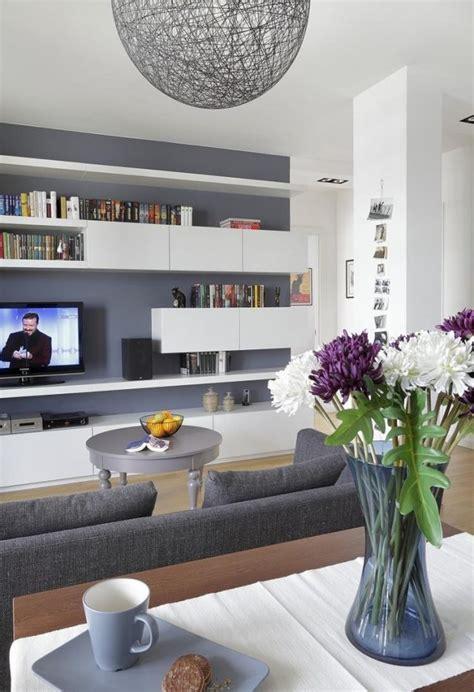 Weisses Wohnzimmer by Ideen Wohnzimmer Streichen Graue Wandfarbe Wei 223 E Regale