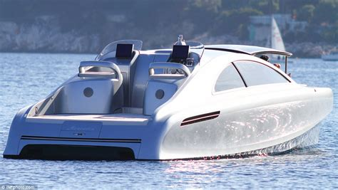 ta boat show cost mercedes benz arrow 460 granturismo motor yacht spotted in
