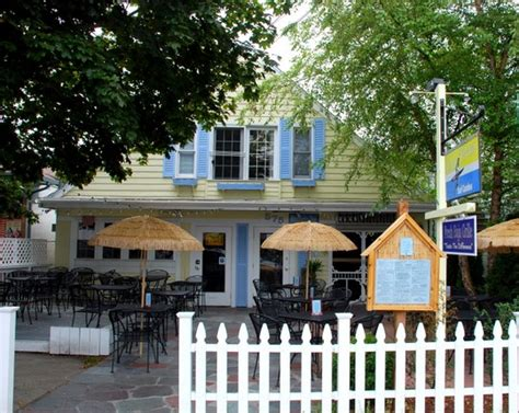 mexican restaurants cape cod la paz surf cantina fresh baja grille in hyannis ma