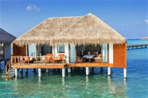 hutte royale resort velassaru resort maldives maldive