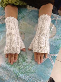 Shuma S S Small Flat Turner L ravelry harry potter time turner fingerless mitts pattern