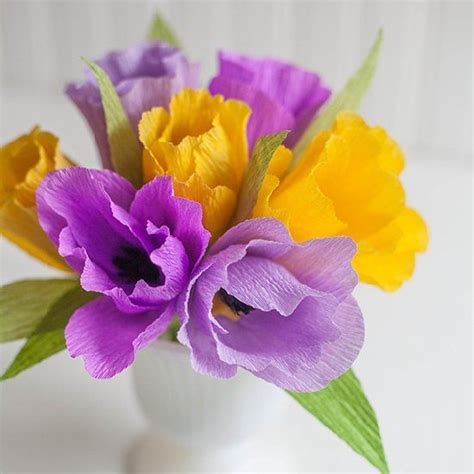 crepe paper flower pattern make these pretty spring tulips with colorful crepe paper