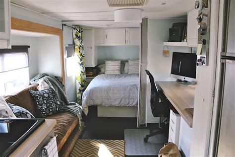 travel trailer remodel    travel trailer