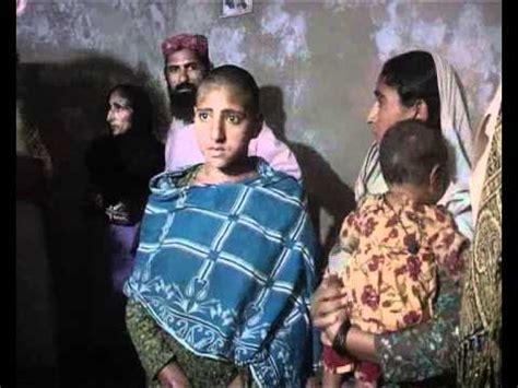 wives who perm their husbands hair larkana qambar me husband cut hair of her wife wmv youtube