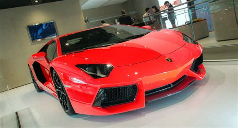 How Many Cylinders Does A Lamborghini Aventador 2013my Lamborghini Aventador Lp700 4 Gets Cylinder