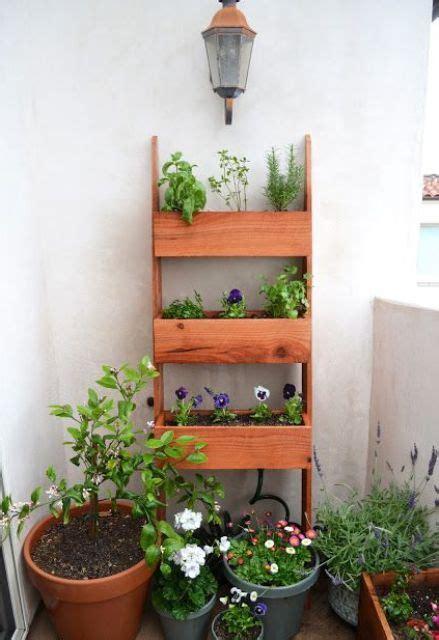 practical balcony storage ideas digsdigs