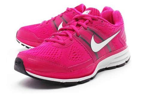 imagenes de zapatillas nike imagenes de zapatillas nike 2013 tenis peru tattoo