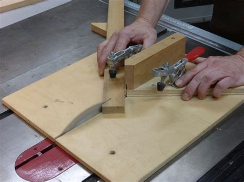 table saw miter jig a table saw miter jig home diy fixes