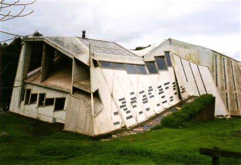 weird houses 19 strange and unusual homes around the world page 2 of 5