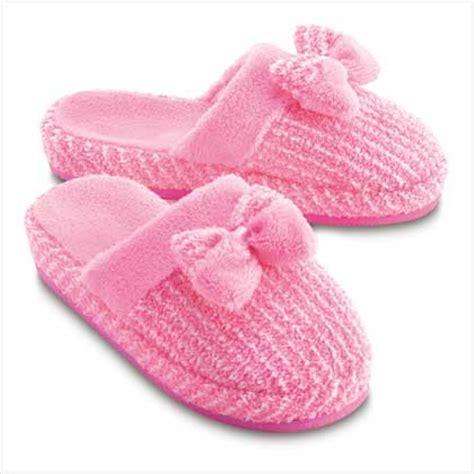 victoria secret bedroom slippers pretty pink fuzzy slippers by victoria s secret
