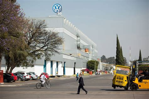 volkswagen mexico plant made in mexico an emerging auto powers past canada