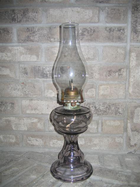 Antique Glass Kerosene Ls by Antique Kerosene Lanterns Value 28 Images Antiques