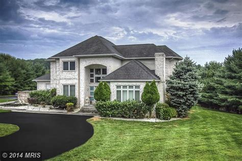 Four Bedrooms For Rent baltimore ravens legend ray lewis cuts price on maryland