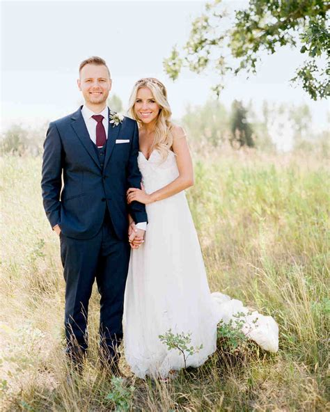 This Beautiful Wedding in Canada Featured One Epic Cake   Martha Stewart Weddings