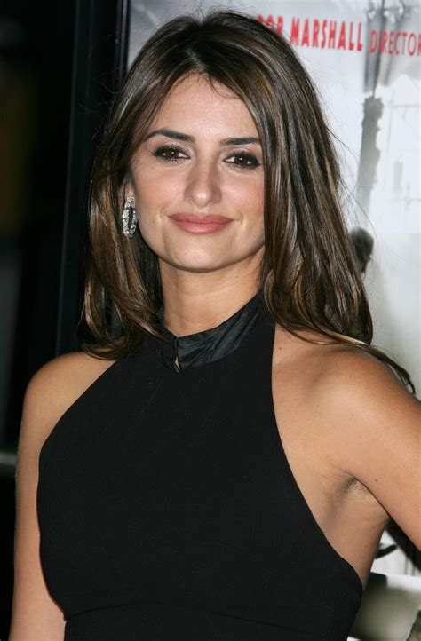 celebrity women with armpit hair penelope cruz celebrity aisselles poilus hairy armpits