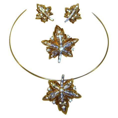 Rhinestone Maple Leaf Necklace 741 best trifari images on antique jewellery
