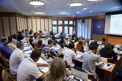 Yale Mba Programme by Yale Publishing Course Partners With Yale School Of Management