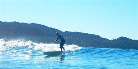 canoes surf break tofino paddle boarding canoe t ashii paddle school
