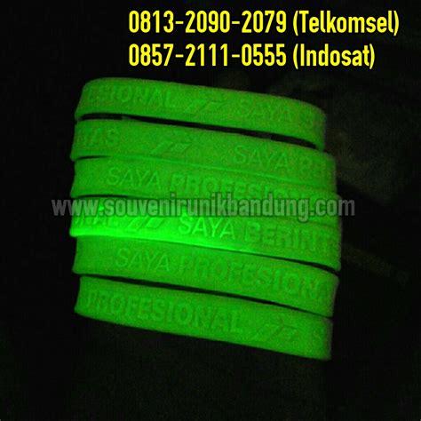 cara membuat gelang glow in the dark jual gelang karet promosi 0813 2090 2079 jual gelang