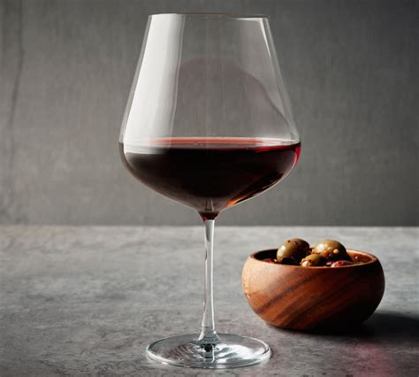 sur la table wine glasses glassware guide the essential wine glasses for